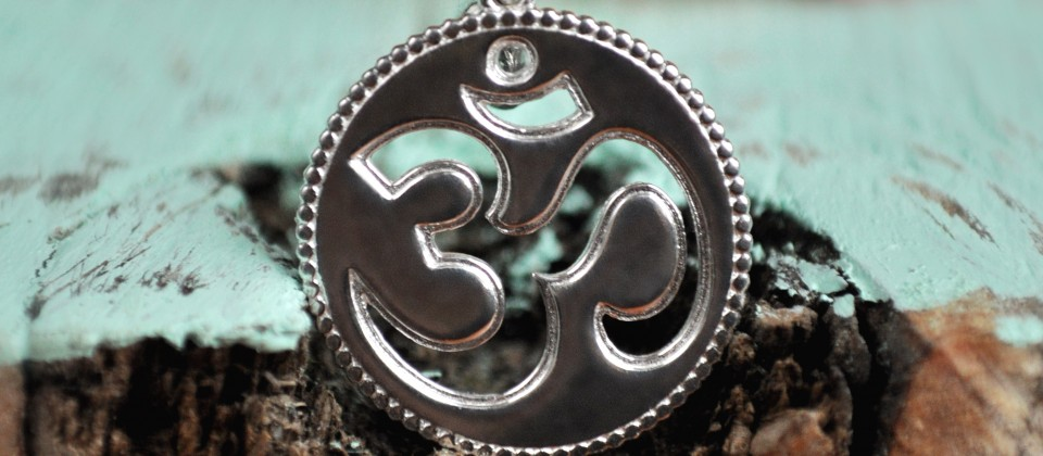 silver hand made om pendant